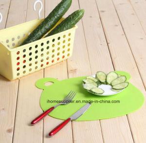 Pk1028 Plastic Flexible Non-Slip Animal Shape Thin Fruit Vegetable Chopping Mats