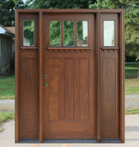 Craftsman Entry Wood Doors with Two Side Lites and Clear Glass pictures & photos