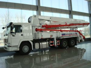 Sinotruk HOWO 40m 6X4 Concrete Pump Truck pictures & photos