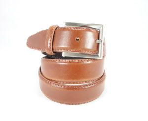 Fashion Men′s Leather Belt with Pin Buckle (EUBL0725-35) pictures & photos