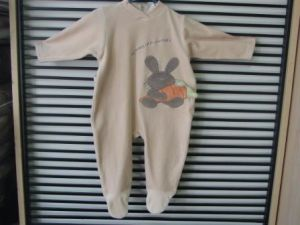 Children′s Garments Siamese Polyester Soft Clean Comfortable Fashion Loose pictures & photos