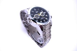 Mini Camera Watch 1080p Waterproof Micro 4LED for Night Vision Video Surveillance 4GB-16GB (QT-IR003) pictures & photos