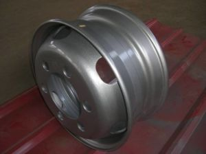 17.5 X 6.00 Tubeless Steel Truck Trailer Wheel Rim pictures & photos