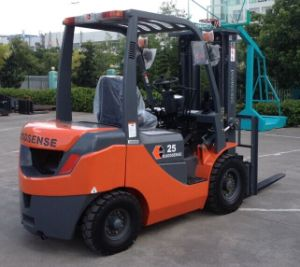 2.5t Diesel Forklift with Yanmar Engine with CE pictures & photos