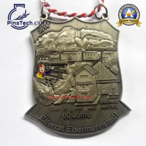 Custom Basketball Medal with Soft Enamel Color Filling pictures & photos
