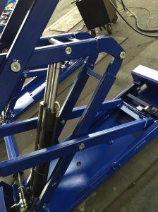 Ce Hydraulic Scissor Car Lift pictures & photos