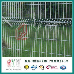 PVC Coated Curved Welded Wire Mesh Railway Airport Fence Panel pictures & photos