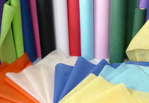 2016 Hot Selling Non Woven Interlining 1025hf pictures & photos