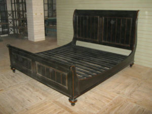 Beautiful and Easy Bed Antique Furniture pictures & photos