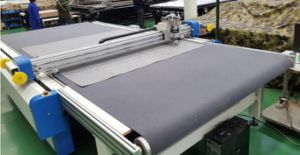 Single Ply Knife Cutting Machine with Conveyor Table pictures & photos