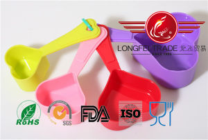 Plastic Heart Shaped Measuring Spoon pictures & photos