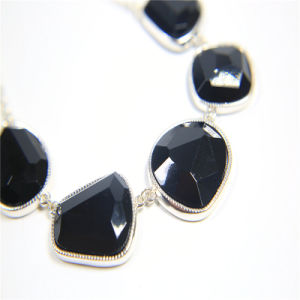 New Design Black Resin Necklace Bracelet Earring Jewelry Set pictures & photos