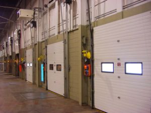 Good Quality Industrial Lift Garage Door pictures & photos