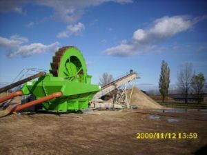 Iron Sand Choosing Dredger with Magnetic Separator pictures & photos