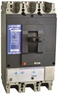 Moulded Case Circuit Breaker/Motorized MCCB Circuit Breaker pictures & photos