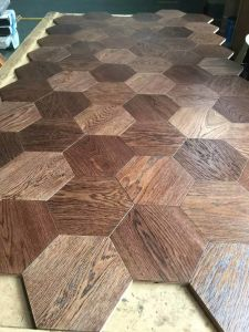 Fashionable Parquet /Engineered Available Wood Flooring pictures & photos