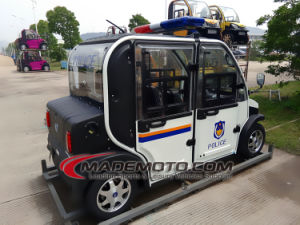 Factory Direct Sell 60V 4kw Electric Car with 4 Doors pictures & photos