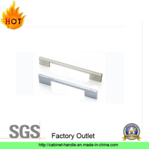 Factory Furniture Hardware Door Kitchen Cabinet Pull Handle (A 011) pictures & photos