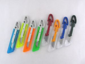Hot Sale in France Colorful Plastic Auto Retractable Cutter Knife pictures & photos