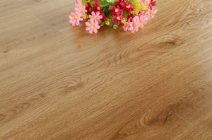 12mm Yellow Laminate Flooring pictures & photos