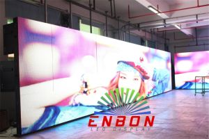 UL P10 Outdoor LED Sign Board with High Brightness 8500nits pictures & photos