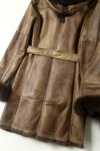 Fashion Lamb Leather and Fur Clothing Women Long Style Hooded pictures & photos