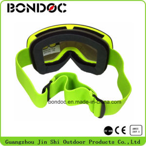 Large View Spherical Lens Ski Goggles pictures & photos