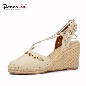 Lady Jewels Lace-up Leather Women Rope High Heels Wedge Sandals pictures & photos