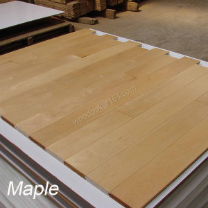 Solid Wood Flooring Maple Hardwood Flooring with Natural Color pictures & photos