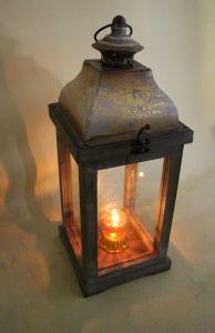 Golden Printing Elegant Tower Shape Glass Door Garden Art Lantern pictures & photos