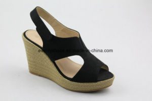 Hot Sales Wedge Design Lady Sandal for Summer pictures & photos