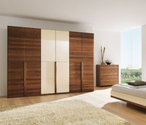 Wood Grain Wardrobe Home Furniture pictures & photos