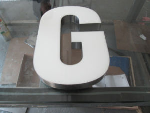 Resin Surface Mirror Steel Body Luminous Letters pictures & photos