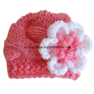 Hand Knitted Newborn Baby Winter Beanie Hat with Flower pictures & photos