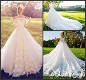 A-Line Bridal Ball Gown Plus Size 3/4 Sleeves Wedding Gown D09 pictures & photos