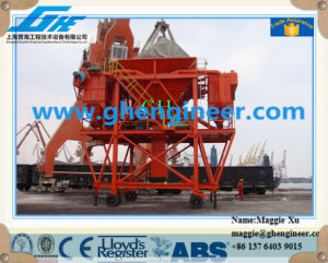 Unloading Rubber Tires Dusting Proof Mobile Port Hopper pictures & photos