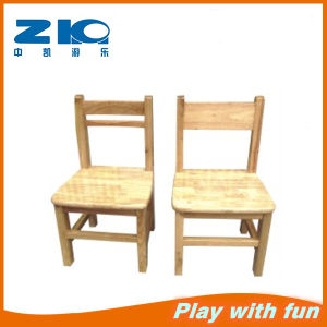 Indoor Wood Desks and Chairs Set for Preschool pictures & photos