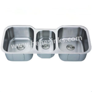 Triple Bowl Under Mount Stainless Steel Sink (11853) pictures & photos