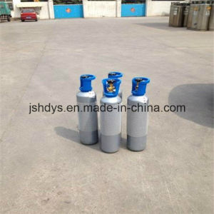 2L Seamless Steel Oxygen Hydrogen Argon Helium CO2 Gas Cylinder (GB5099) pictures & photos