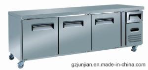 Three Door Workbench Refrigerator Worktable for Kitchen Equipment pictures & photos