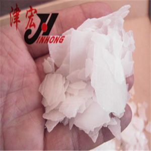 High Quality Caustic Soda in Alkai, Naoh Flakes with SGS pictures & photos