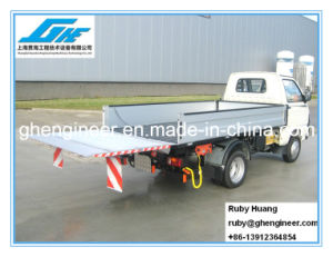 Truck Tailgate Lift for Loading System pictures & photos