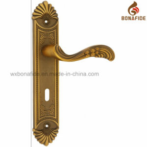 New Style Zinc Alloy Door Handle pictures & photos