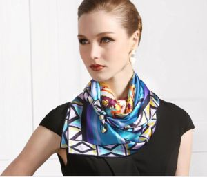 New Design Fashion Stylish Women′s Stylish100% Silk Printed Scarf pictures & photos