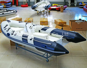 Console Rigid Hull Fiberglass Inflatable Rib Boat 420 pictures & photos