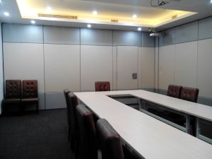 China Aluminum Soundproof Movable Partition Wall for Office ...