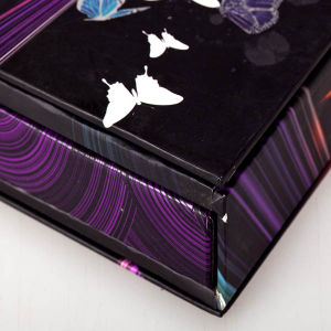 Wholesale Eco Friendly Recyclable Beautify Paper Gift Box Packaging pictures & photos