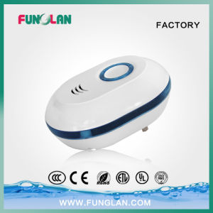 Anion and Ozone Mini Wall Plug in Air Cleaners Air Sterilizations pictures & photos