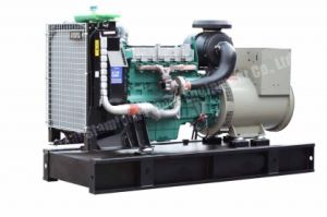 Cummins, 136kw Water-Cooled, Portable, Silent Canopy, Cummins Diesel Genset, Cummins Engine Diesel Generator Set pictures & photos