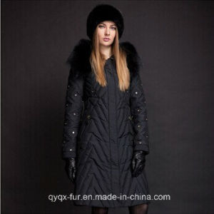 2014 Winter Thick Extra Large Fur Collar Down Coat White Duck Feather Women′s Down Jacket (3A7173) pictures & photos